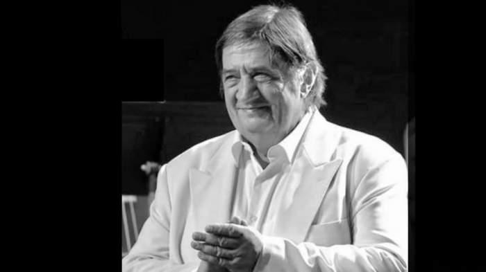 Ioan Cobâlă în timpul unui spectacol