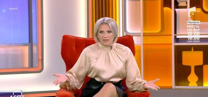 """Cum arată acum platoul emisiunii Acces Direct. Prezentatoarea Mirela Vaida, despre schimbări: """"O căsuță nouă și o altă asistentă"""""""