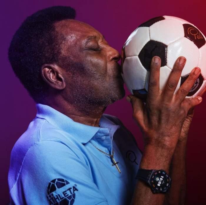Marele fotbalist Pele se află internat în spital de mai multe zile, în stare gravă. Cu ce probleme se confruntă vedeta Braziliei