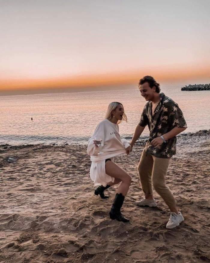 Carmen Grebenișan și Alex Militaru, dansează pe plajă