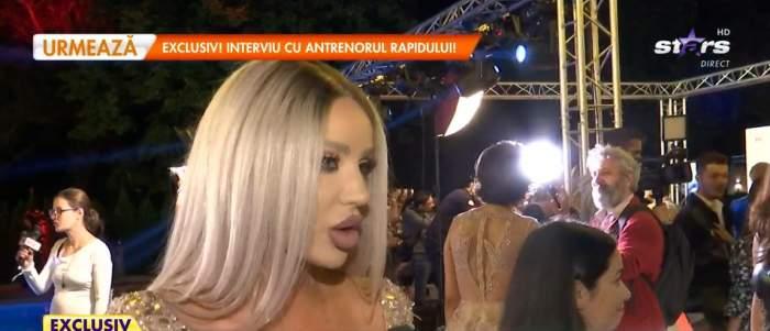Bianca Drăgușanu, la un eveniment, dă interviu