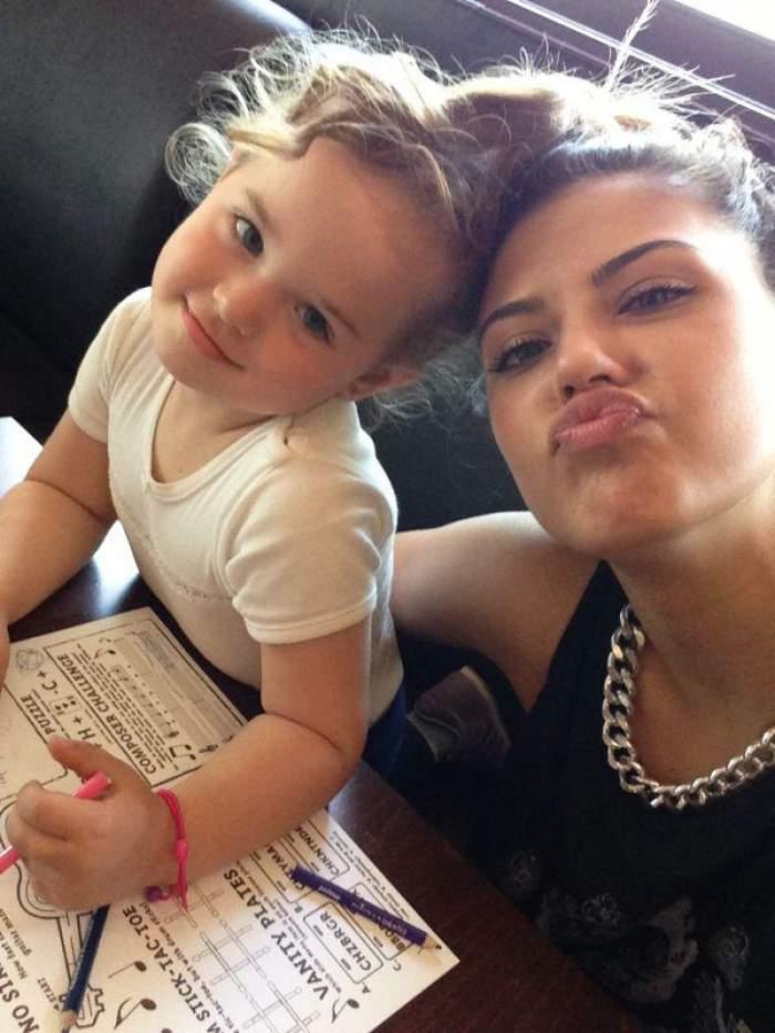 Antonia si frumoasa ei fiica, o poza de 71.000 de like-uri
