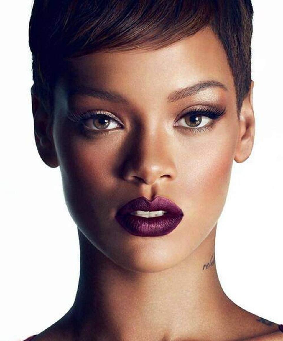 Rihanna mai porno ca niciodată! Uite fotografia pe care o